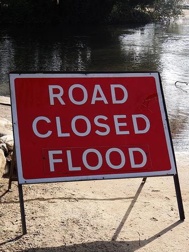 u0026 39 road closed flood sign u0026 39  free photo